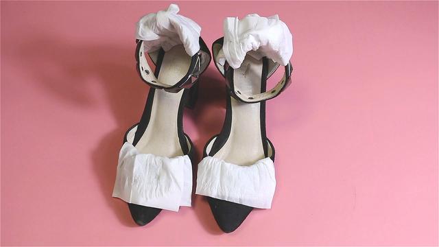网上卖的大码高跟鞋是不是给喜欢高跟鞋的男士准备的