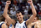 吉诺比利生涯最帅气绝杀 04雅典奥运会绝杀塞黑 这简直是上帝