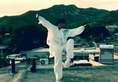 融合咏春拳,八卦掌,宋淑鑫打得这套太极拳,行云流水,非常漂亮