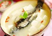 鲤鱼豆腐汤的做法5分极速11选5图,鲤鱼豆腐汤怎么做