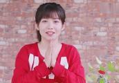 """赖美云段奥娟吃冰淇淋咂嘴卖萌 自侃""""小学鸡"""""""