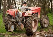 拖拉机使用中的常见故障及维修技巧