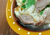 了解一下西北美食羊肉泡馍,为啥让人吃过一次还想吃第二次