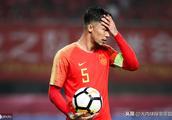央视名嘴质疑中国杯意义何在,球迷:以后别办了,丢人丢到家门口