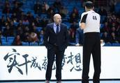 北京主帅违规追加停赛,雅尼斯光头惹大祸,姚明的处罚不过分!