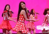 韩国美女组合舞蹈收藏了,胜利演唱会道歉