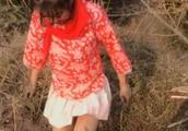 又一名网红女主播被拘!穿着暴露戴红领巾捕鱼拍视频