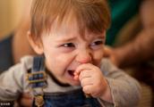 碰到儿童异物卡住喉咙,家长到底怎么做?
