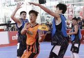 大学生跨入CBA联赛第一人,韩德君的师兄,传奇的流浪汉球员