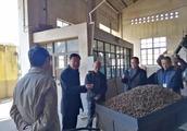 黄云鹏副区长一行到红塔区市场监管局调研安全生产监管情况