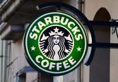 """面对瑞幸咖啡降价进攻,星巴克也搞了个""""小动作"""""""