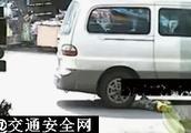车祸动图gif合集,儿童交通事故请严加防范!(3)