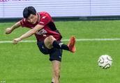 李毅:足球是踢出来的不是吹出来的,队员们原本很低调