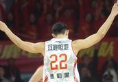德勒黑代表青岛男篮出征夏季联赛