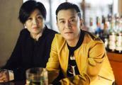 """父亲李咏去世,法图麦遭网友谩骂,她真是一个""""不孝女""""?"""