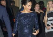 梅根王妃穿深蓝孕妇裙出席活动,依然苗条优雅