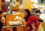 长期吃肯德基会对身体有怎样的影响?仅仅两周,直肠癌风险狂飙升