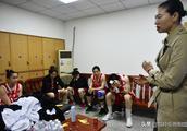 八一全华班战至最后一秒痛失总冠军  远征球迷不离不弃激励球队