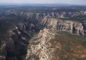 美国大峡谷景区岩石辐射超标4000倍,近20年无人发现