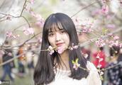 春季像一位花样年华的少女,鼓动着飘逸的风情
