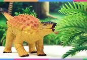 恐龙世界玩具视频 恐龙世界甲龙惊喜蛋拼装积木玩具 甲龙PK双冠龙