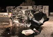 惨烈!鄂尔多斯发生的这起车祸造成一人当场身亡!