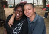 为何在非洲的20万中国人不愿意回国?游客:任谁去都不想回来