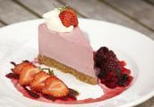 蛋糕面包好搭档:焦糖莓果酱,配着吃,更有味!