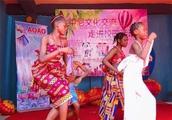 倪孟晓:我和1100多名尼日利亚师生共同度过了 一个难忘的大PARTY