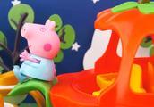 小猪佩奇的南瓜马车,乔治变身魔法师,佩佩猪玩具