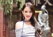 陈乔恩杜淳被结婚,冻龄小姐姐霸气回复仍是单身