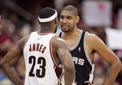 NBA消息三连击!邓肯现身北京,考辛斯被下放,阿里扎被交易?