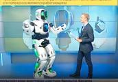 """啥?俄罗斯这个""""最先进机器人""""里……有个大活人?"""