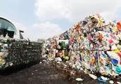 韩国垃圾堆积成山,火烧过月不灭,雾霾严重却赖上我们中国!
