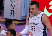 23连胜!辽宁主场战胜新疆,郭艾伦砍下32分无愧第一后卫
