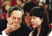 杨振宁要为翁帆活到100岁,凭什么?