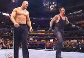 在WWE暴打选手的3位电影明星!绿箭侠曾来客串,有人当过州长
