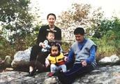 赵本山22岁儿女大不同,女儿做网红,儿子自己创业当董事