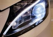 买车一看性能二看安全系统,奔驰C级满足你的需求,仅售25万起!