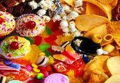 """生活中最常吃的""""垃圾""""零食,让人难以戒掉,网友:太好吃了"""