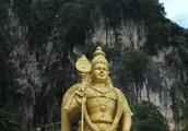 马来西亚的印度教圣地--吉隆坡黑风洞