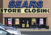 美国零售巨头宣布破产,8万工人面临失业,老总坦言输给了中国