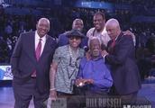 全明星正赛艾弗森大金链子抢戏!NBA球星为何对金项链如此热衷?