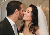 郑佩佩女儿22日办婚礼:嫁外籍型男 全程眼泛泪光