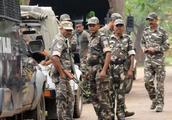 纳萨尔派大突袭:印度安全部队被迫后撤,至少10名警察和士兵阵亡