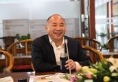 中国最励志的富豪:10元起家挣得4900亿财富,却坚持不上市