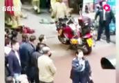 """香港发生严重车祸!车辆""""无人驾驶""""冲出去,造成2死14伤"""