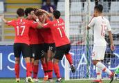 亚洲杯C组战报+最终排名 中国男足0比2韩国失榜首 1/8决赛战泰国