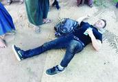 美国男子在缅甸佛塔拍照时,从6米高的地方不慎坠落