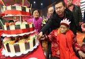 百岁老人百名子女齐祝寿,和乐融融人间幸事!
